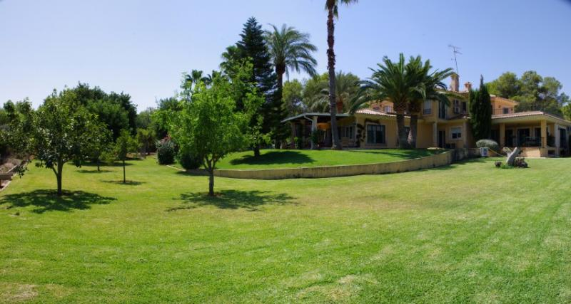 Villas / Townhouses for Sale at Country House - Finca for sale in Denia Denia, Spain