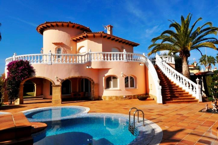 Villas / Townhouses for Sale at Villa for sale in Oliva Oliva Nova Golf Oliva, Spain