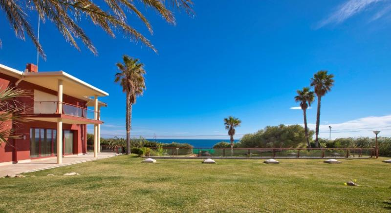 Ville / Villette per Vendita alle ore Luxury Villa for sale in Denia Les Rotes Denia, Spagna