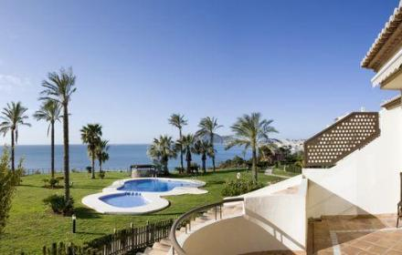 Buy luxury Townhouse for sale in Villa Gadea-Altea