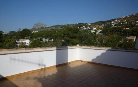 Reduced price-bargain property in Javea-Alicante