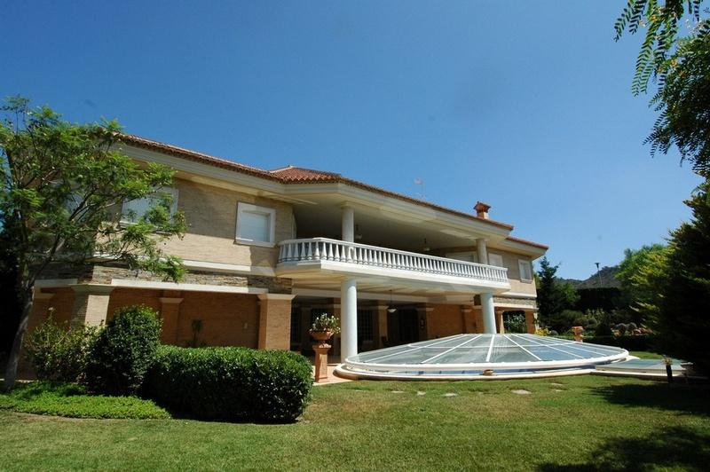 Additional photo for property listing at Luxury Villa for sale in Puzol Los Monasterios Puzol, Espanha