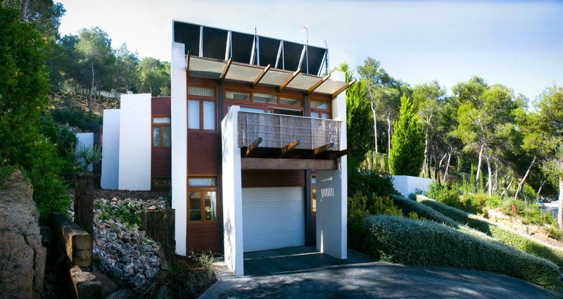 Villas / Townhouses for Sale at Luxury Villa for sale in Chiva El Bosque Chiva, Spain