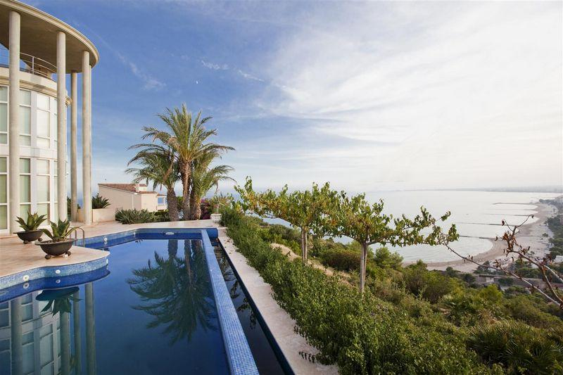 Ville / Villette per Vendita alle ore Luxury Villa for sale in Oropesa del Mar Oropesa Del Mar, Spagna