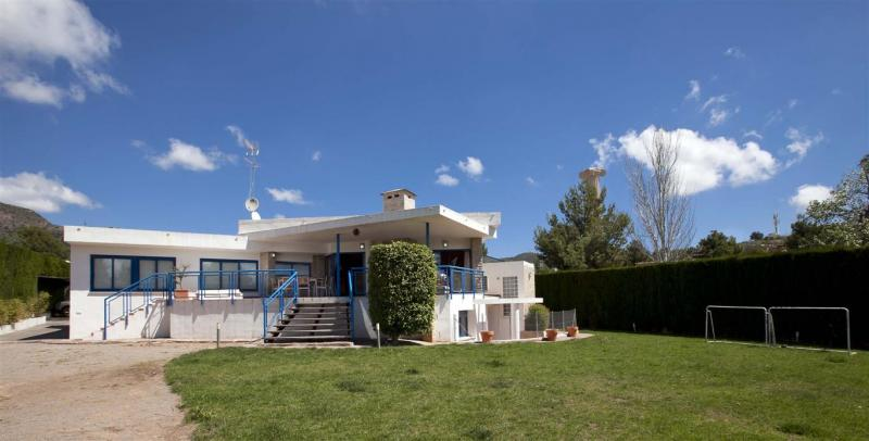 Villas / Townhouses for Sale at Villa for sale in Puzol Los Monasterios Puzol, Spain