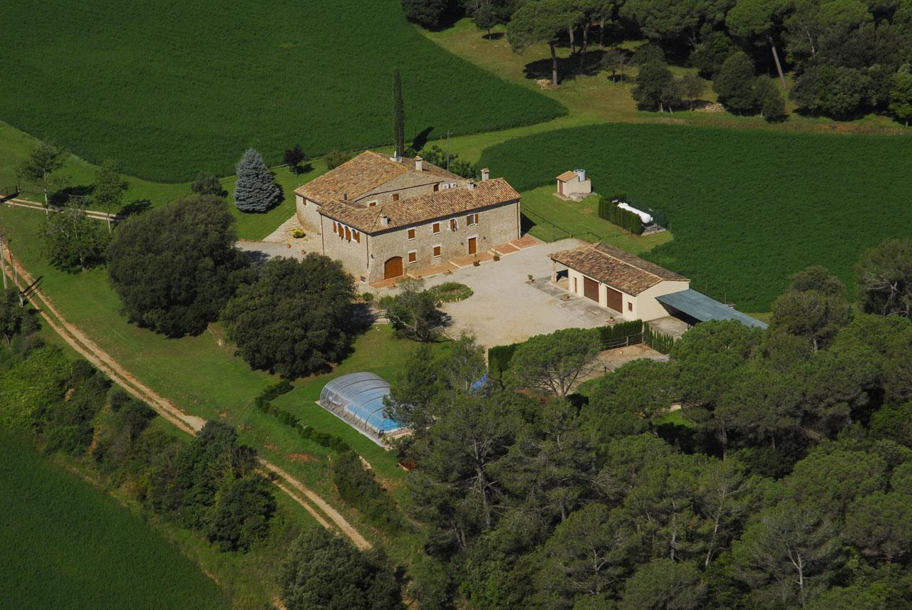 Villas / Townhouses for Sale at Country House - Finca for sale in Ollers Costa Brava, Spain