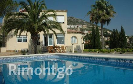 Luxury villa for sale in Cumbre del Sol, Benitachell, Alicante and Costa Blanca