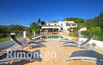Luxury villa for sale in Tarraula, Jávea (Xàbia), Alicante and Costa Blanca