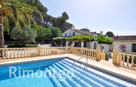Country house - finca for sale in Pedreguer, Alicante and Costa Blanca