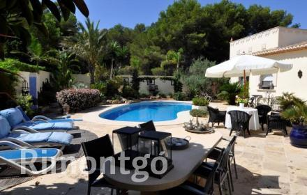 Luxury villa for sale in Mar Azul, Jávea (Xàbia), Alicante and Costa Blanca