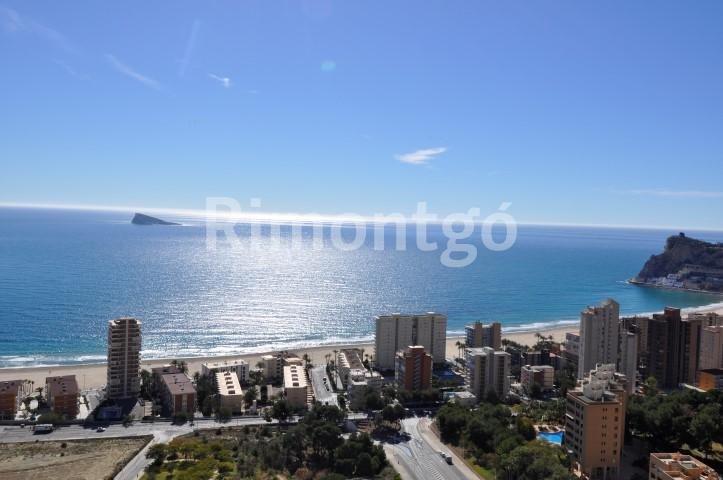 Luxury penthouse for sale in Benidorm, Alicante and Costa Blanca