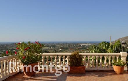 Luxury villa for sale in La Sella, Pedreguer, Alicante and Costa Blanca