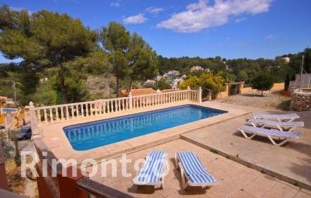 Traditional villa in Adsubia, Jávea, Alicante, close to the beaches of Moraira, Jávea and Dénia.