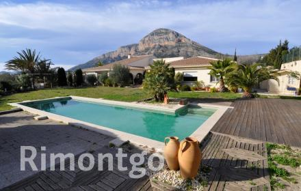 Villa for sale in Tossals, Jávea (Xàbia), Alicante and Costa Blanca