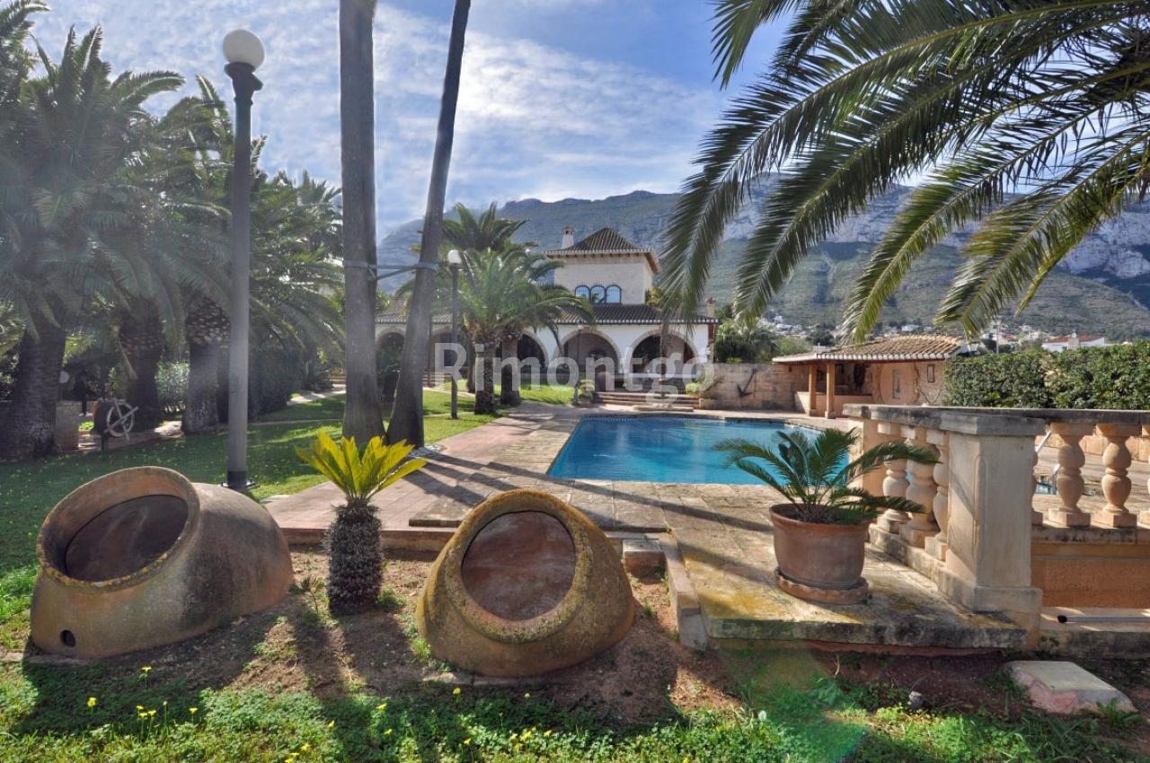 Villa for sale in Santa Lucia, Denia, Alicante and Costa Blanca