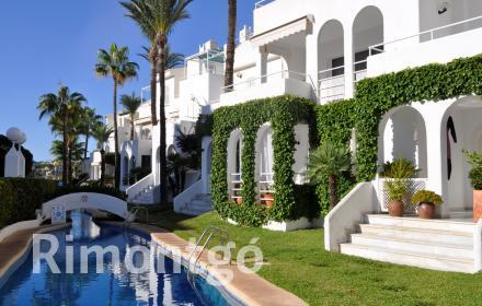 Duplex apartment with a parking area in Jávea.