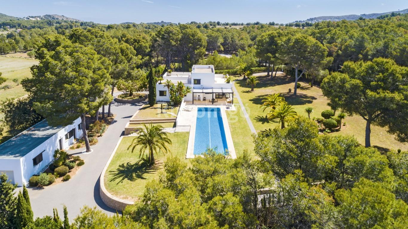 Luxury villa for sale in Alborada, Jávea (Xàbia), Alicante and Costa Blanca