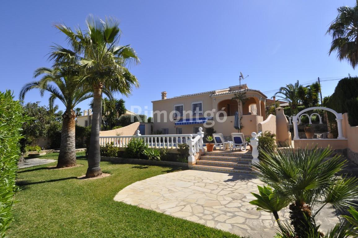 Villa for sale in Pinosol, Jávea (Xàbia), Alicante and Costa Blanca
