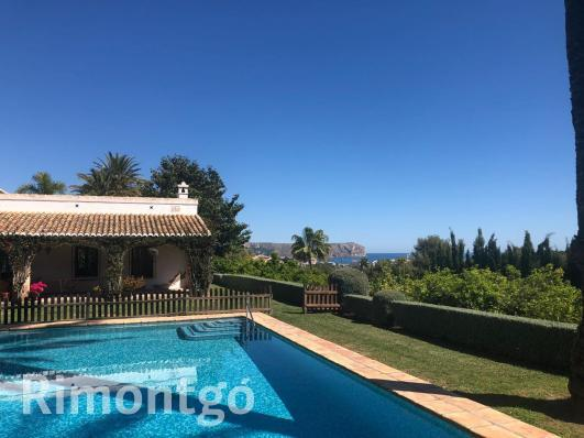 More than 10 Villas and homes for sale in Adsubia, Jávea