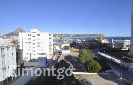 Beachfront penthouse apartment for sale in El Arenal, Javea.