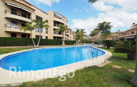 Semi-detached house for sale in Javea.