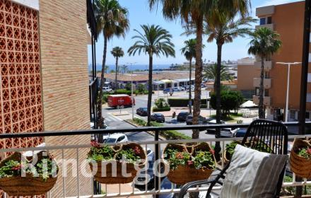 Refurbished apartment for sale next to the Arenal beach in Jávea.