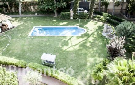 Villa for sale in Sant Joan Despi, Barcelona