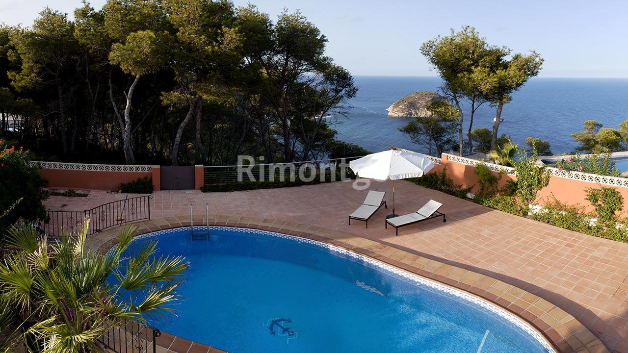 Luxury villa for sale in Balcon al Mar, Jávea (Xàbia), Alicante and Costa Blanca