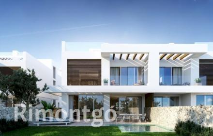 Villa for sale in Marbella East, Malaga and Costa del Sol