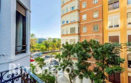 Cosy furnished flat for rent in the Ensanche, Valencia.