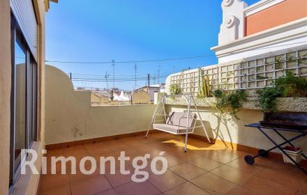 Penthouse for rent in Centro  Ensanche, Valencia