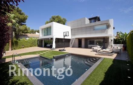 Luxury villa for sale in El Vedat, Torrente, Valencia