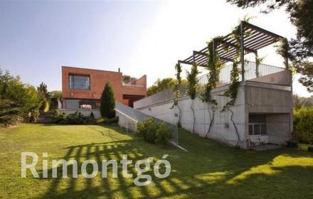 Villa for sale in Santa Barbara, Rocafort, Valencia