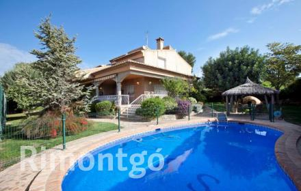 Luxury villa for sale in La Eliana, Valencia