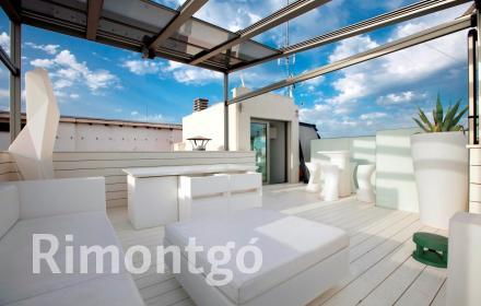 Luxury penthouse for sale in Plaza Reina  Carmen  Historic Centre, Valencia