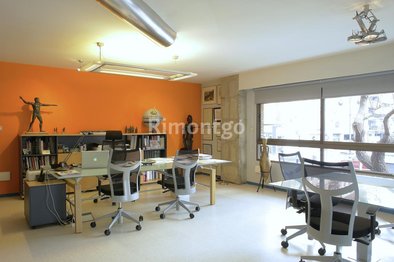 Luxury offices for sale in Valencia Centro, Valencia