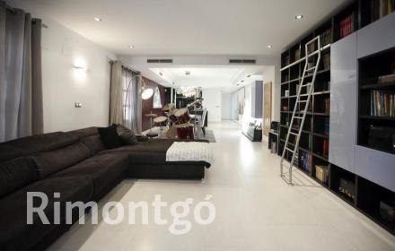 Luxury apartment for sale in El Carmen, Valencia