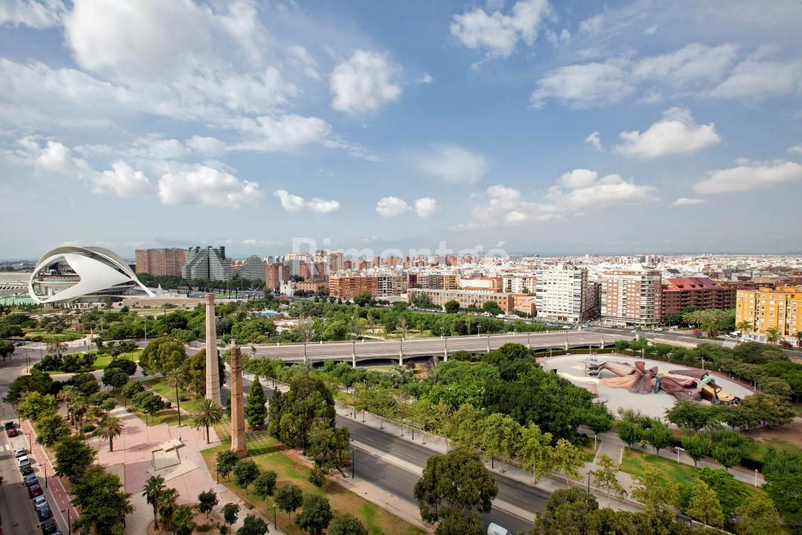 Luxury apartment for sale in Alameda, Valencia