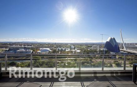 Duplex penthouse for rent with views of the City of Arts, Valencia.
