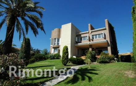 Villa for sale in La Eliana, Valencia