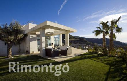 Villa for sale in Los Monasterios, Puzol, Valencia