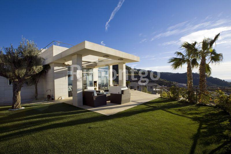 Luxury villa for sale in Los Monasterios, Puzol, Valencia