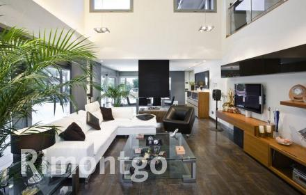 Modern and intelligent house for sale in La Eliana, with exclusive facilities.