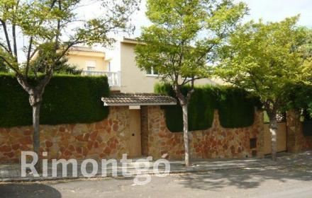 Villa for sale in Godella, Valencia