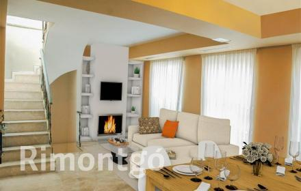 Spacious penthouse with a large terrace in an unbeatable location of Valencia.
