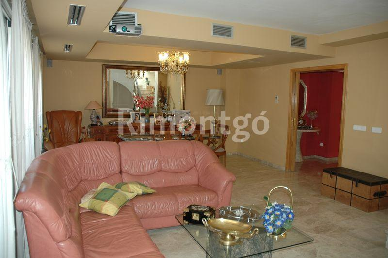 Spacious living room for family live